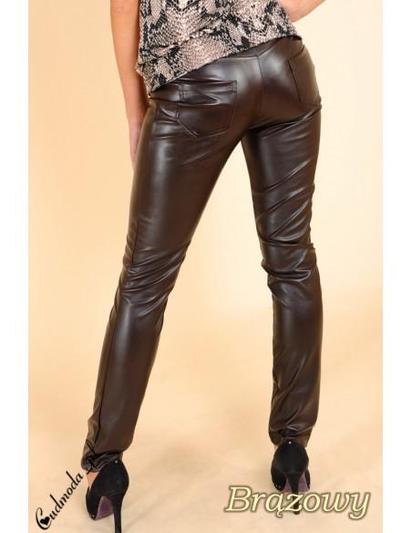 Skórzane spodnie legginsy z kieszeniami -  brązowe