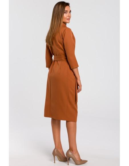 Kopertowa sukienka z paskiem w talii - ruda