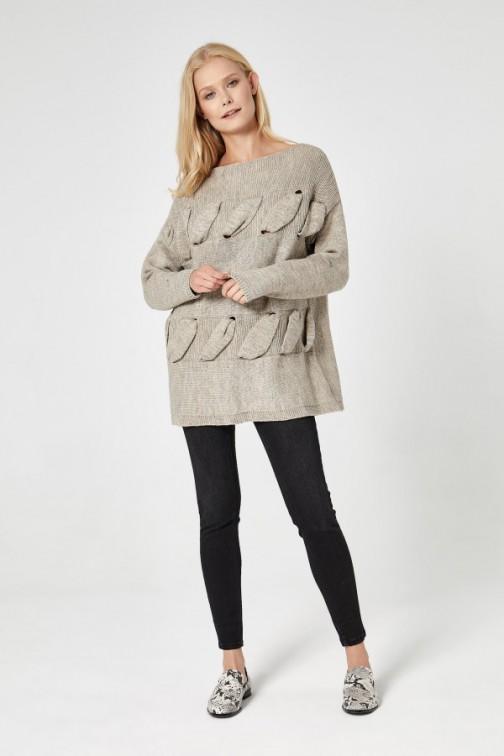 CM4740 Sweter z przestrzennym splotem - beżowy