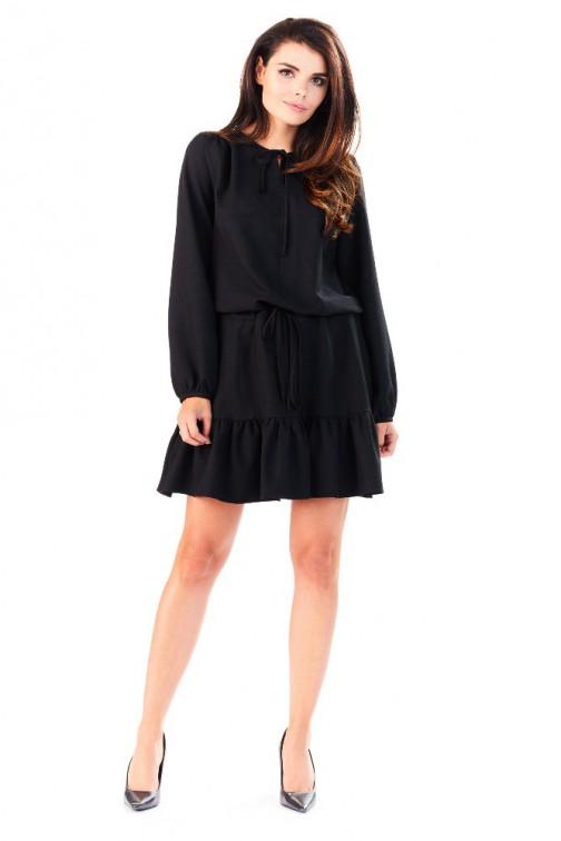CM3285 Wygodna sukienka z długim rękawem i falbanką - czarna