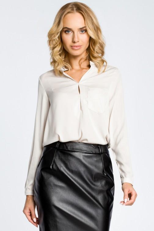 CM0661 Bluzka koszulowa ze stójka i kieszonką - beżowa