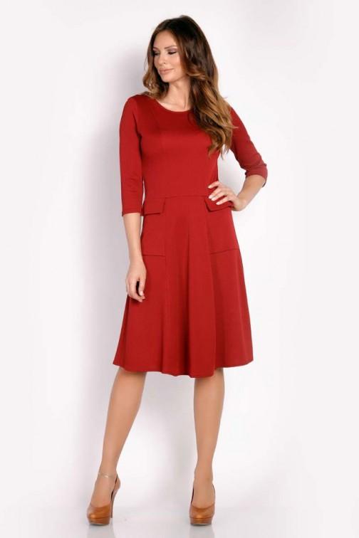 CM3291 Sukienka z ozdobnymi padkami - bordowa