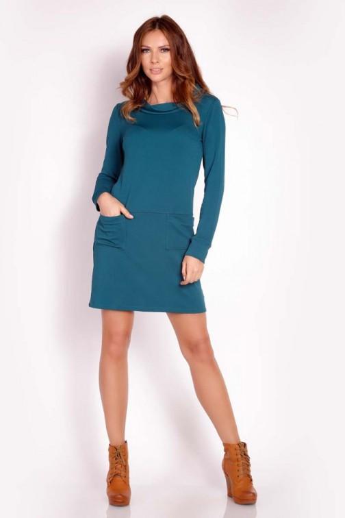 CM3295 Ciepła sukienka z golfem - zielona