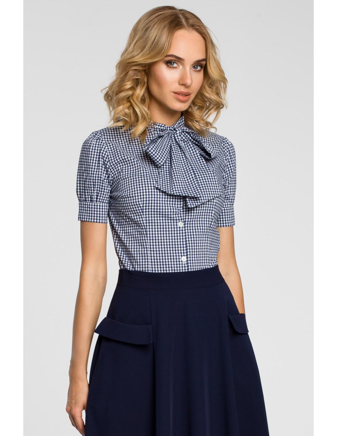 Koszula damska w kratkę z kokardą i krótkim rękawem