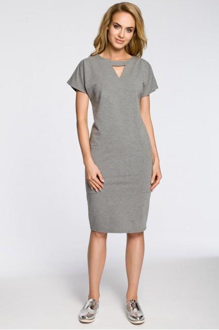 Ołówkowa sukienka z ozdobną stójką - szara
