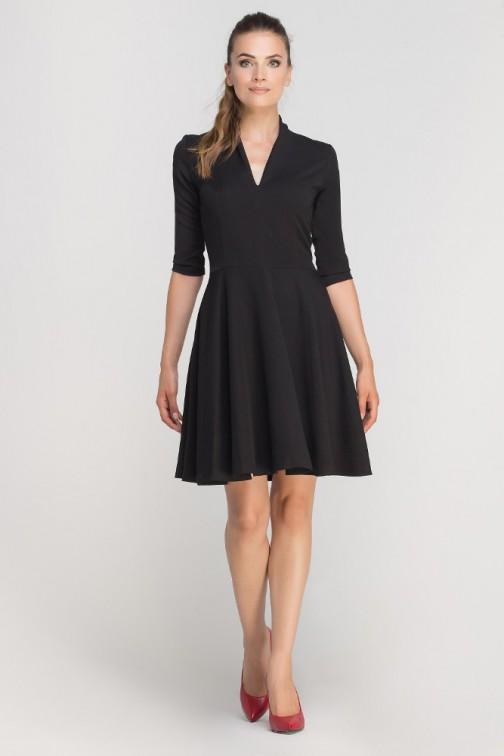 CM3363 Elegancka rozkloszowana sukienka z dekoltem - czarna