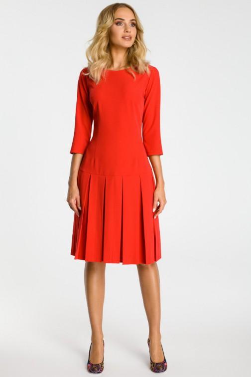 CM3301 Sukienka z obniżoną talią i kontrafałdami - czerwona