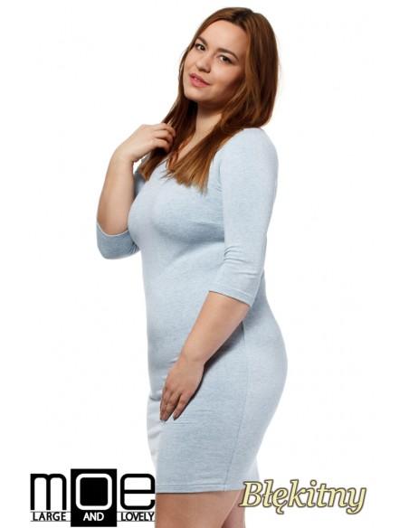 Dopasowana sukienka z rękawem 3/4 - błękitna