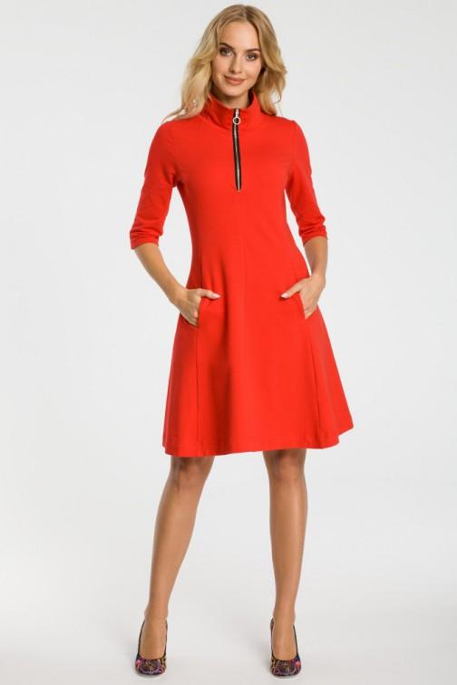 CM3314 Sukienka ze stójką i zamkiem - czerwona