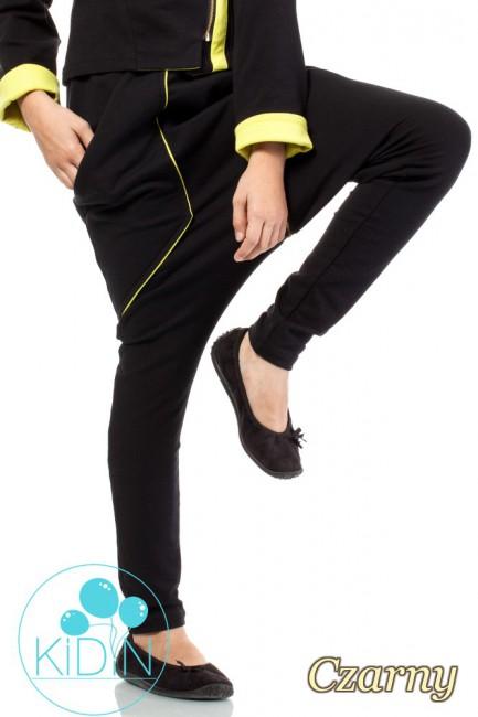 Bawełniane spodnie o kroju baggy - czarne