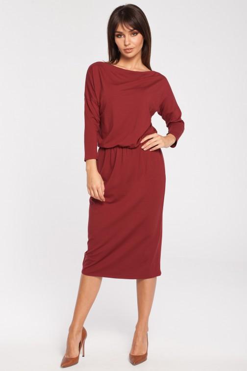 CM3052 Odcinana dopasowana sukienka z rękawem 3/4 - bordowa