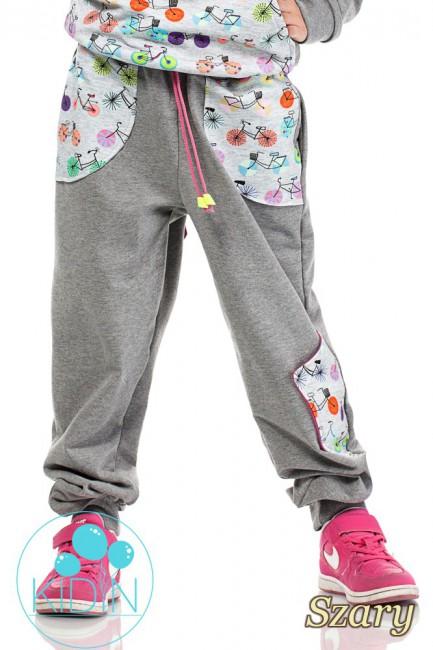 Dziecięce dresowe spodnie z dużymi kieszeniami - szare