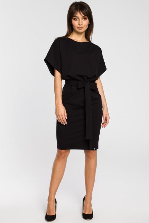 CM3441 Sukienka z paskiem i rękawami kimono - czarna