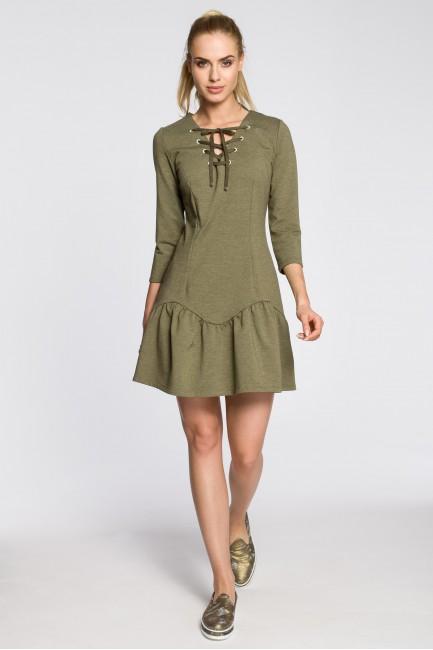 Dopasowana sukienka z nowoczesnym dekoltem - khaki