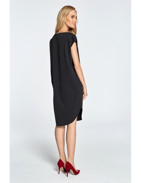 Prosta sukienka z rozcięciem na udo - czarna