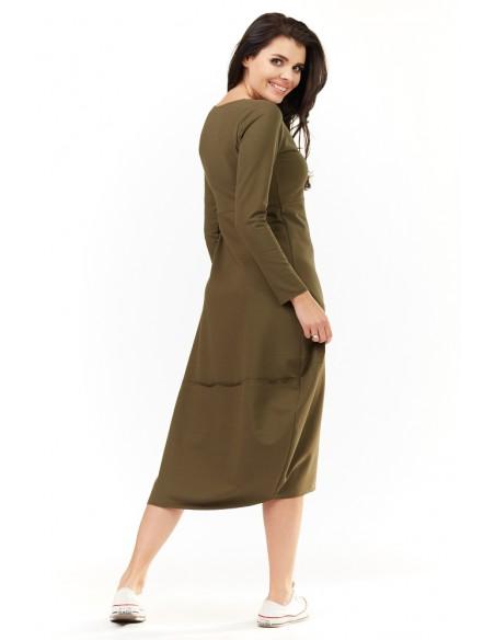 Dresowa sukienka midi z długim rękawem - khaki