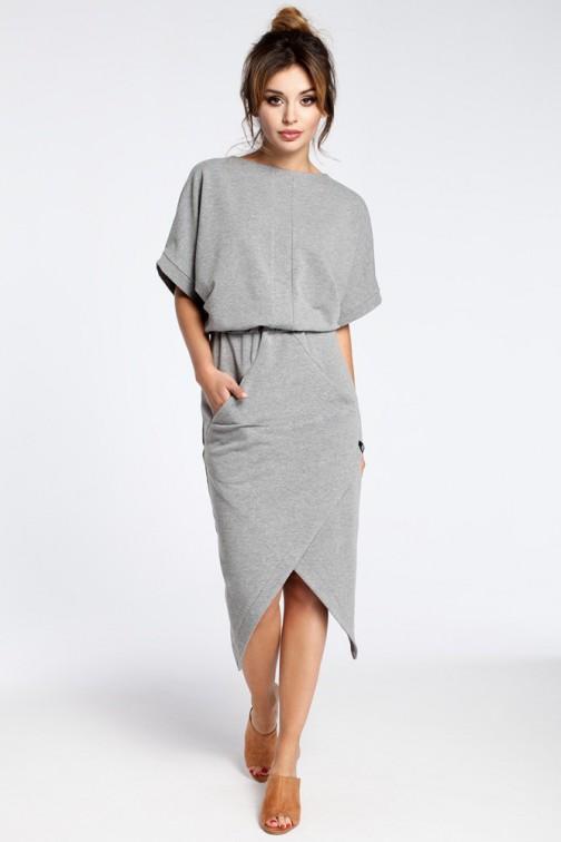 CM3026 Nowoczesna sukienka z zakładką - szara