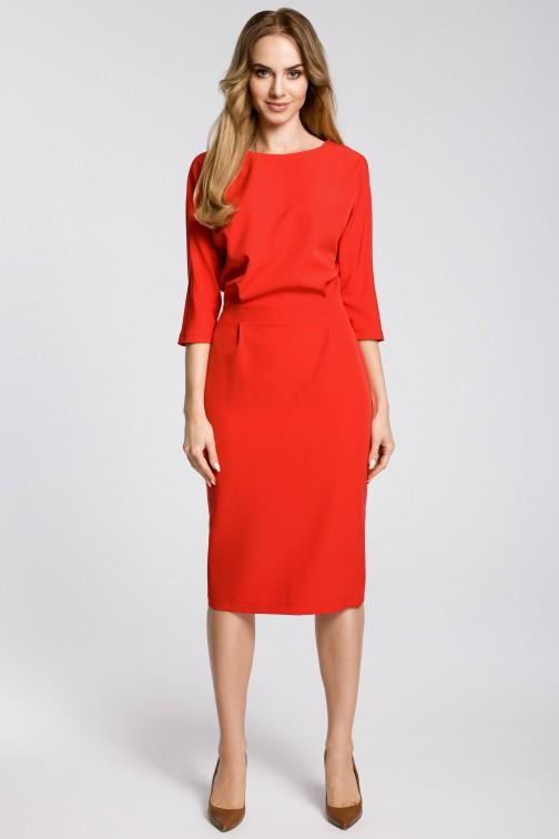 CM3588 Odcinana sukienka w pasie z zakładkami - czerwona