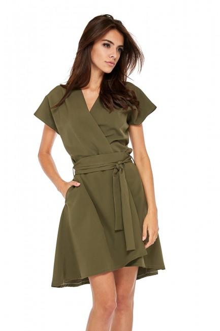 Trapezowa sukienka z kopertowym dekoltem - khaki