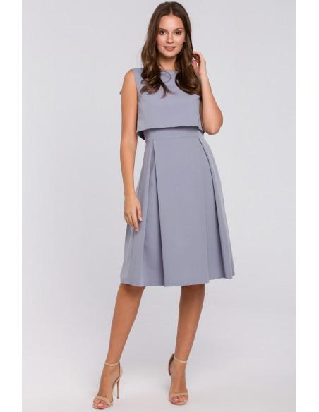 Rozkloszowana sukienka ze skrzydełkami - kolor gołębi
