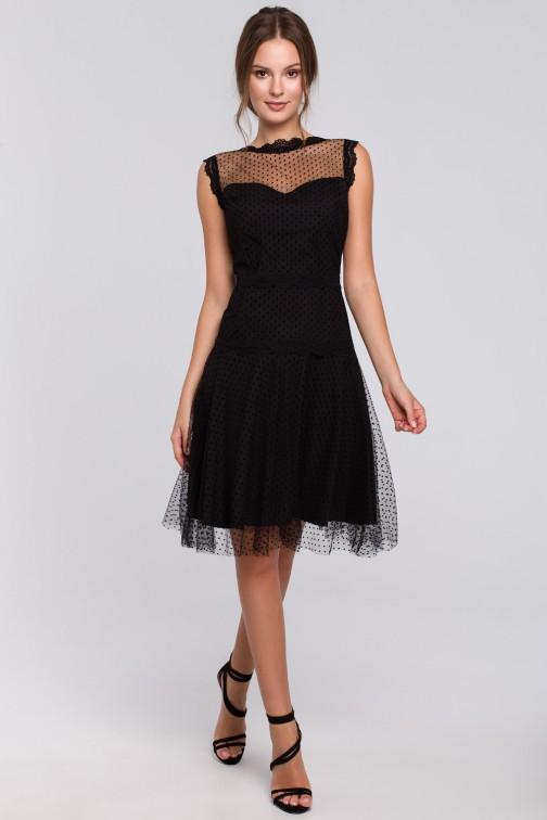 CM4969 Rozkloszowana sukienka w groszki - czarna