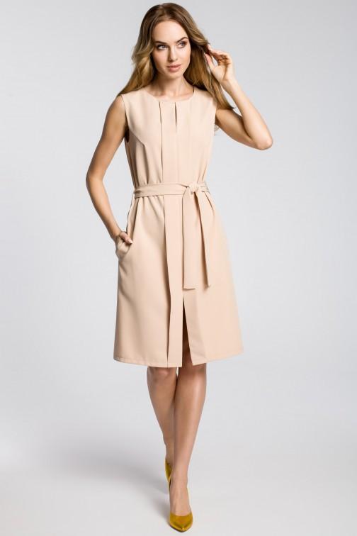 CM3593 Sukienka z plisą i bez rękawów - beżowa