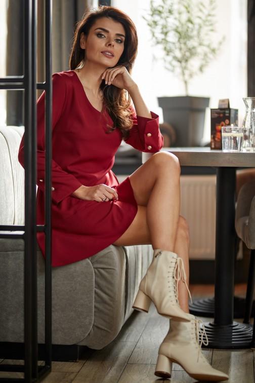 CM5006 Sukienka mini z długimi rękawami i złotymi guzikami - bordowa