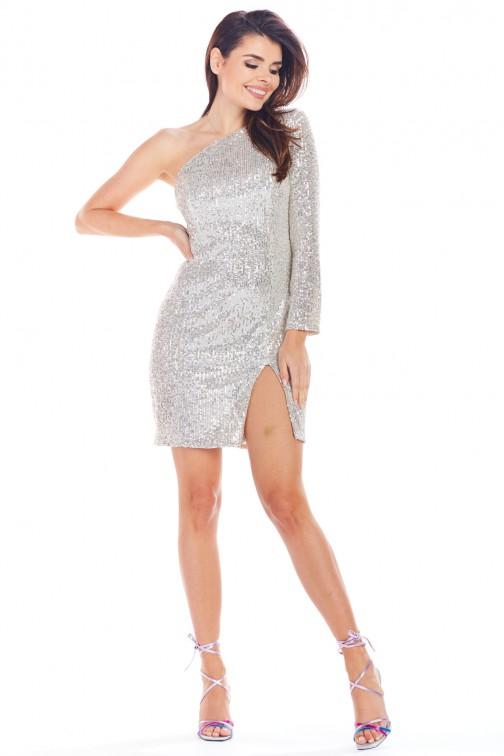 CM5013 Zmysłowa sukienka mini z odkrytym ramieniem - beżowa