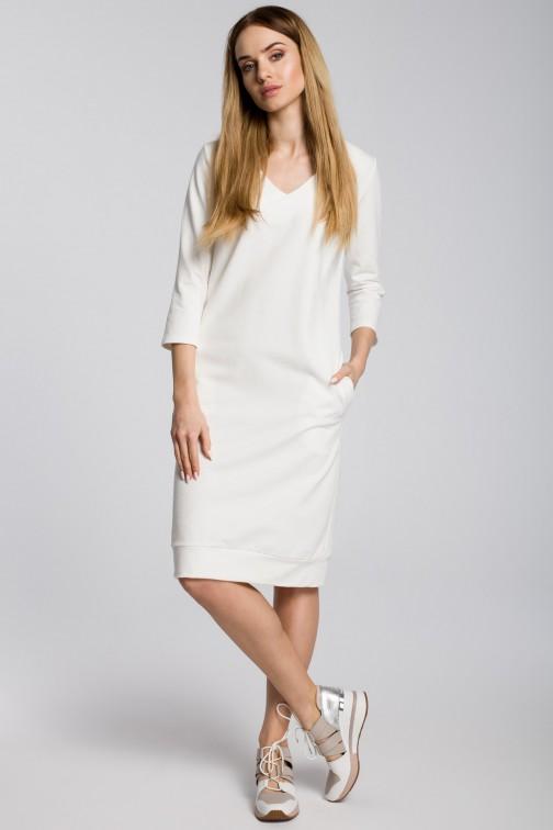 CM3599 Sukienka pudełkowa z dekoltem w serek - ecru