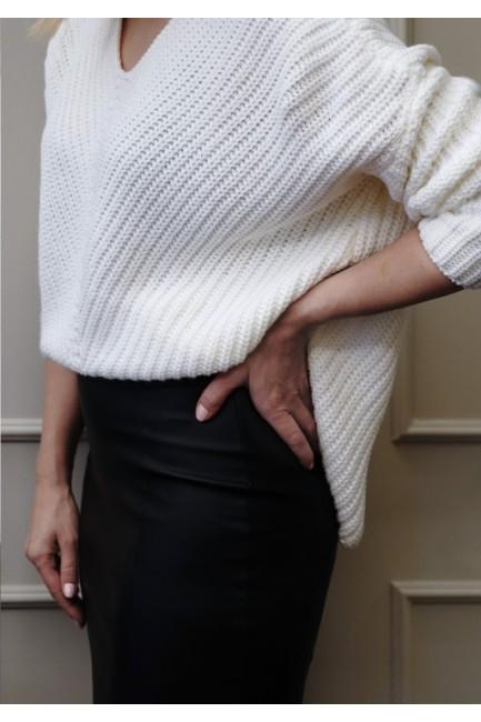 CM5120 Asymetryczny sweter...