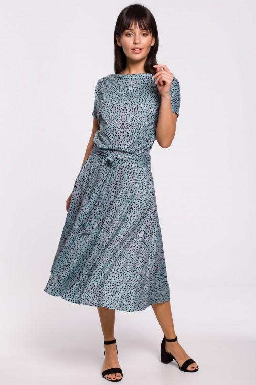 Rozkloszowana sukienka z nadrukiem i paskiem w talii - miętowa