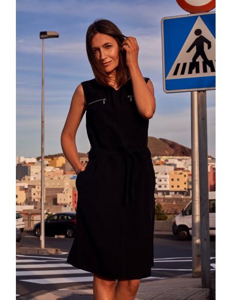 Sukienka bez rękawów z ozdobnymi zamkami - czarna