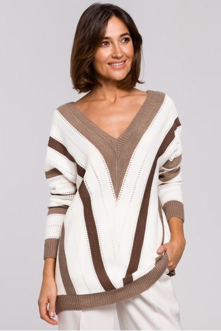 Sweter w serek - brązowy