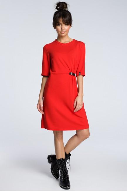 Sukienka z klamrą - czerwona