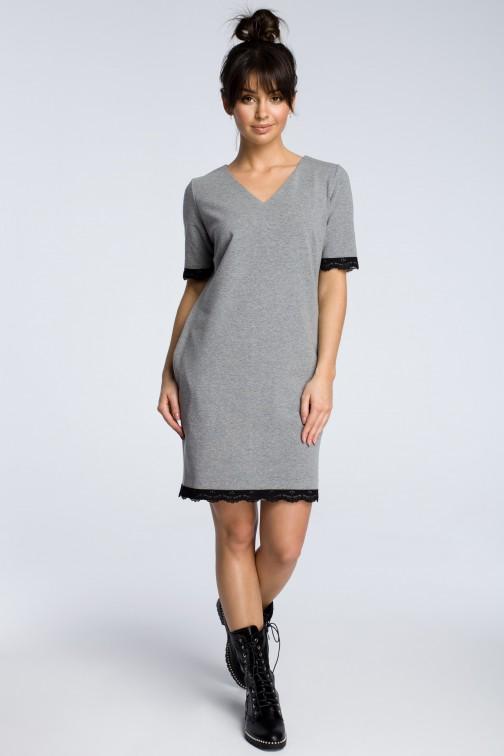 CM3614 Sukienka z rąbkiem koronki - szara