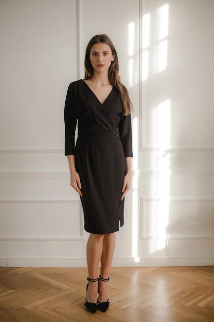 CM5296 Dopasowana sukienka...