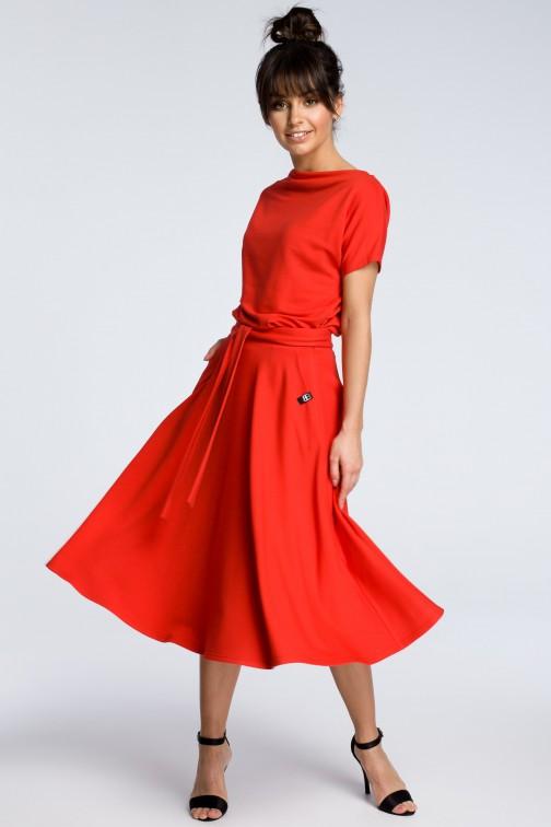 CM3604 Sukienka midi z rozkloszowanym dołem - czerwona OUTLET