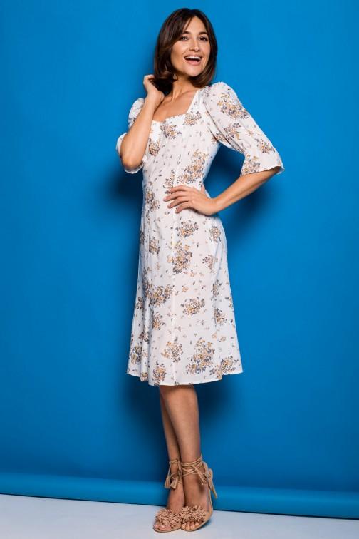CM5324 Sukienka midi z guzikami - model 3