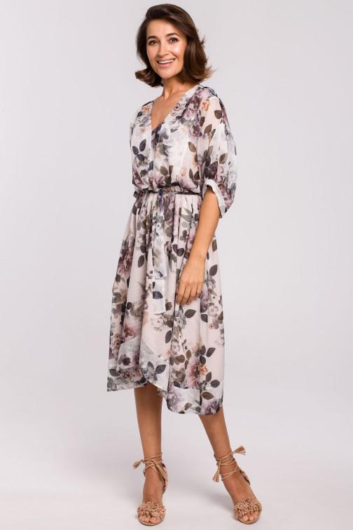 CM5327 Szyfonowa sukienka midi z asymetrycznym dołem - model 1