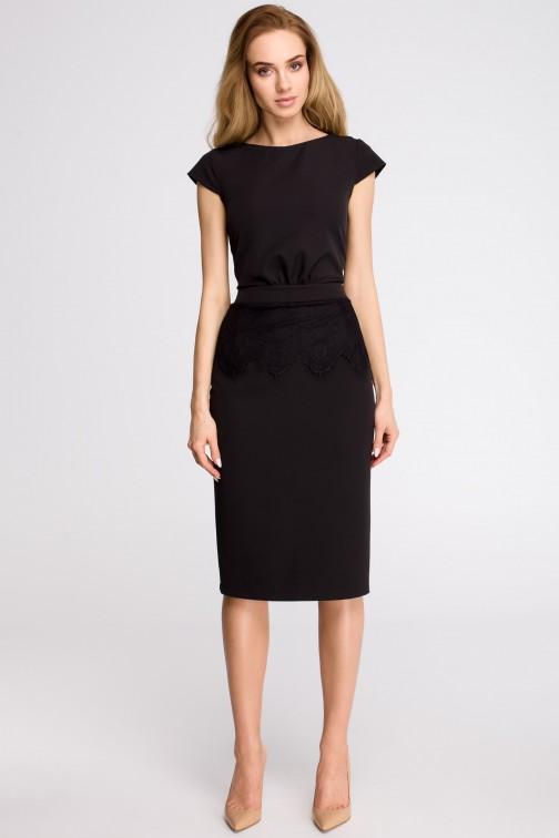 CM3624 Ołówkowa sukienka z marszczeniem - czarna