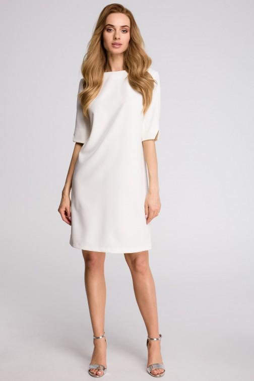CM3629 Sukienka pudełkowa z dekoltem w serek z tyłu - ecru