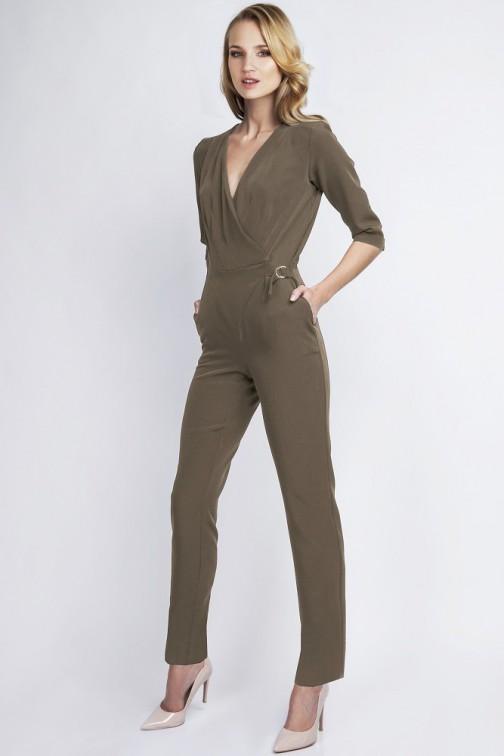 CM2057 Stylowy kobiecy kombinezon z głębokim dekoltem - khaki
