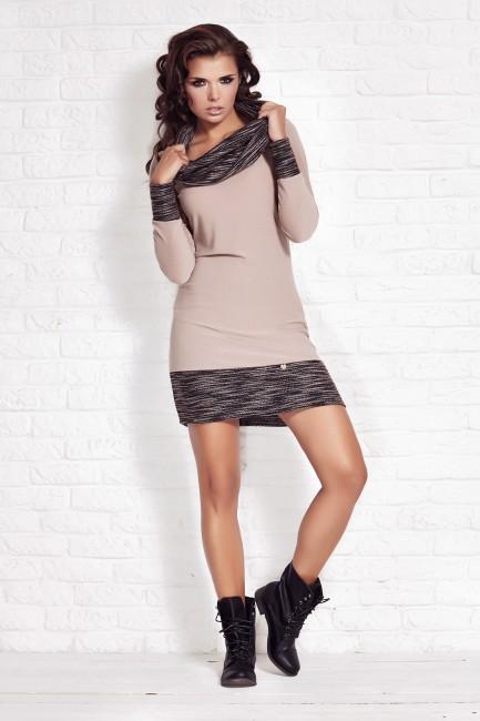 CM1210 Dopasowana sukienka...