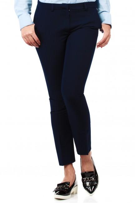 Eleganckie spodnie damskie na kant z ozdobnymi zameczkami na kieszeniach - granatowe