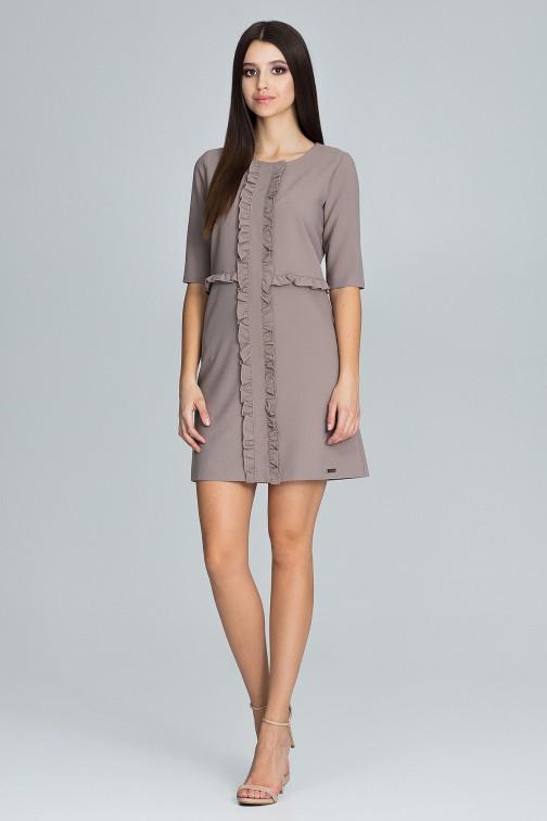 CM3675 Sukienka z falbankami i rękawem 3/4 - mocca