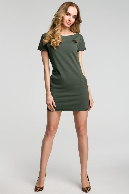 CM3634 Sukienka mini z naszywką - militarno-zielona