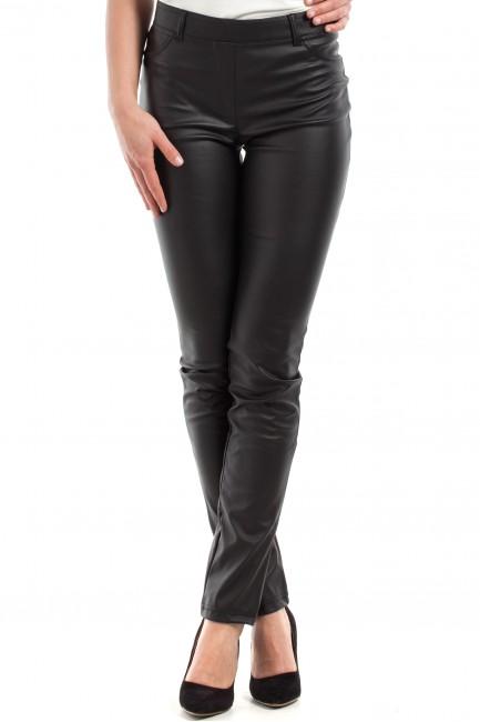 Spodnie rurki z matowej skóry - czarne