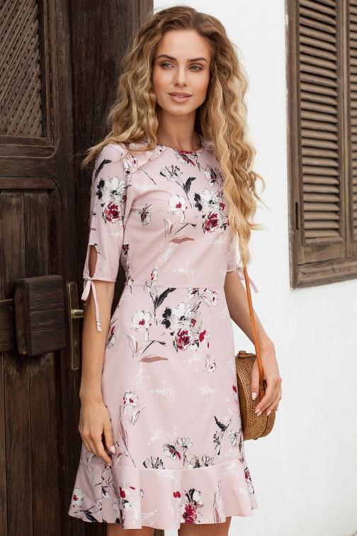 CM3641 Sukienka we wzór z falbankami - pudrowa