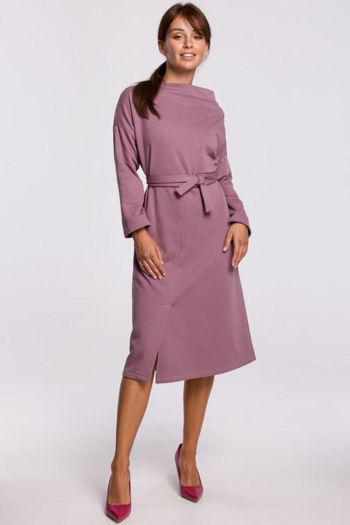CM5412 Elegancka sukienka z paskiem w talii - wrzosowa