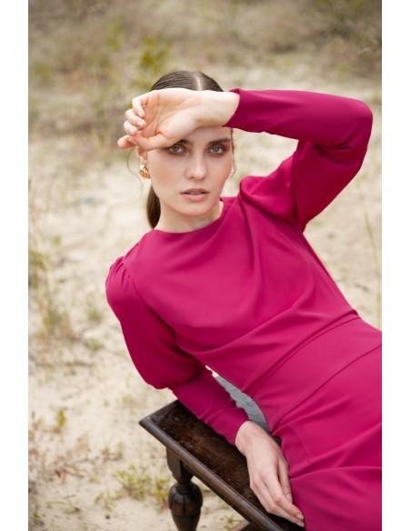 Sukienka midi z wysokimi mankietami - śliwkowa